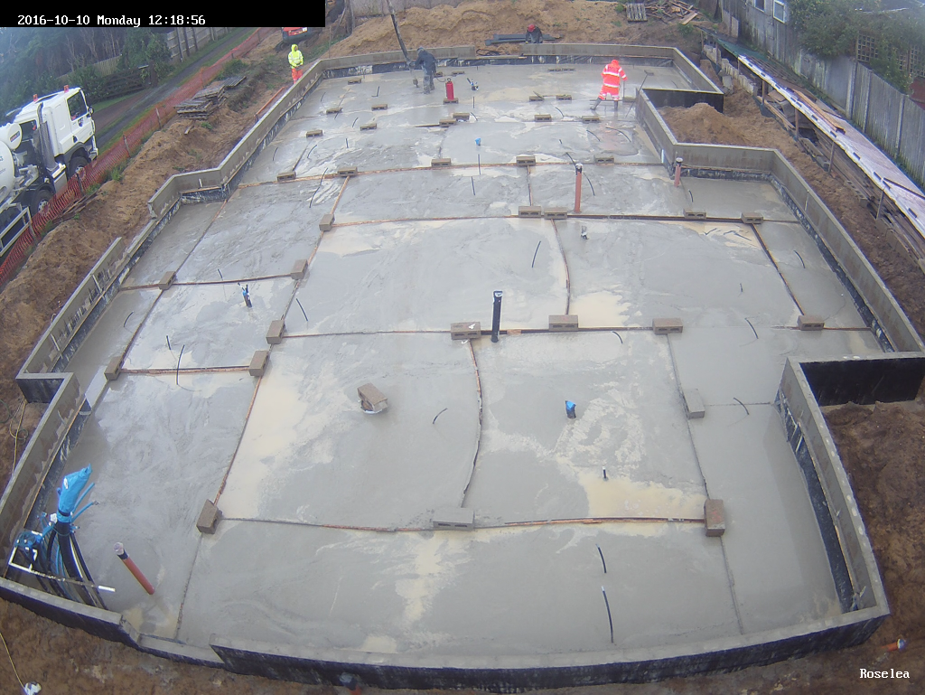 Pouring-the-floor-slab-4