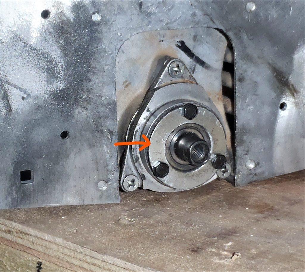 Bearing-fixing-ring