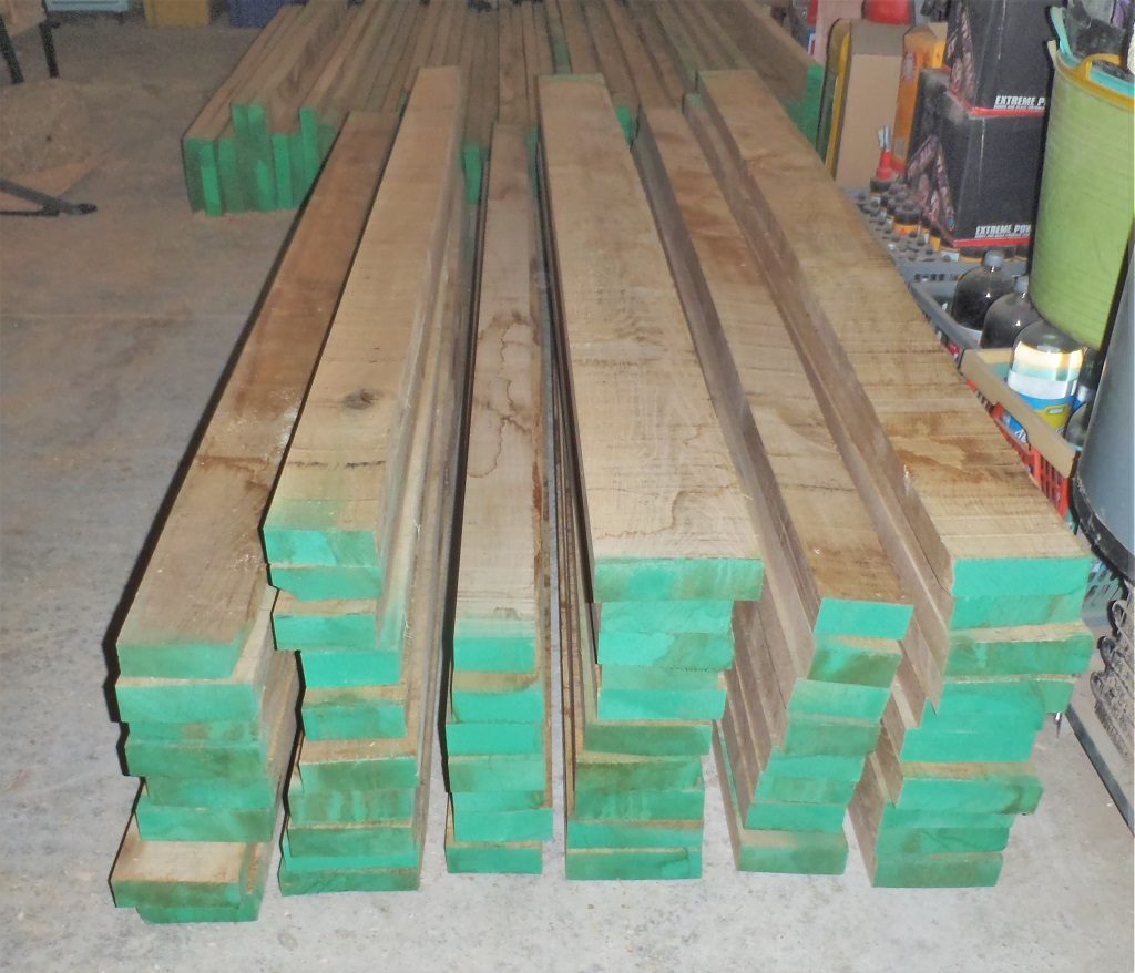 Stack-of-Edged-40mm-Oak