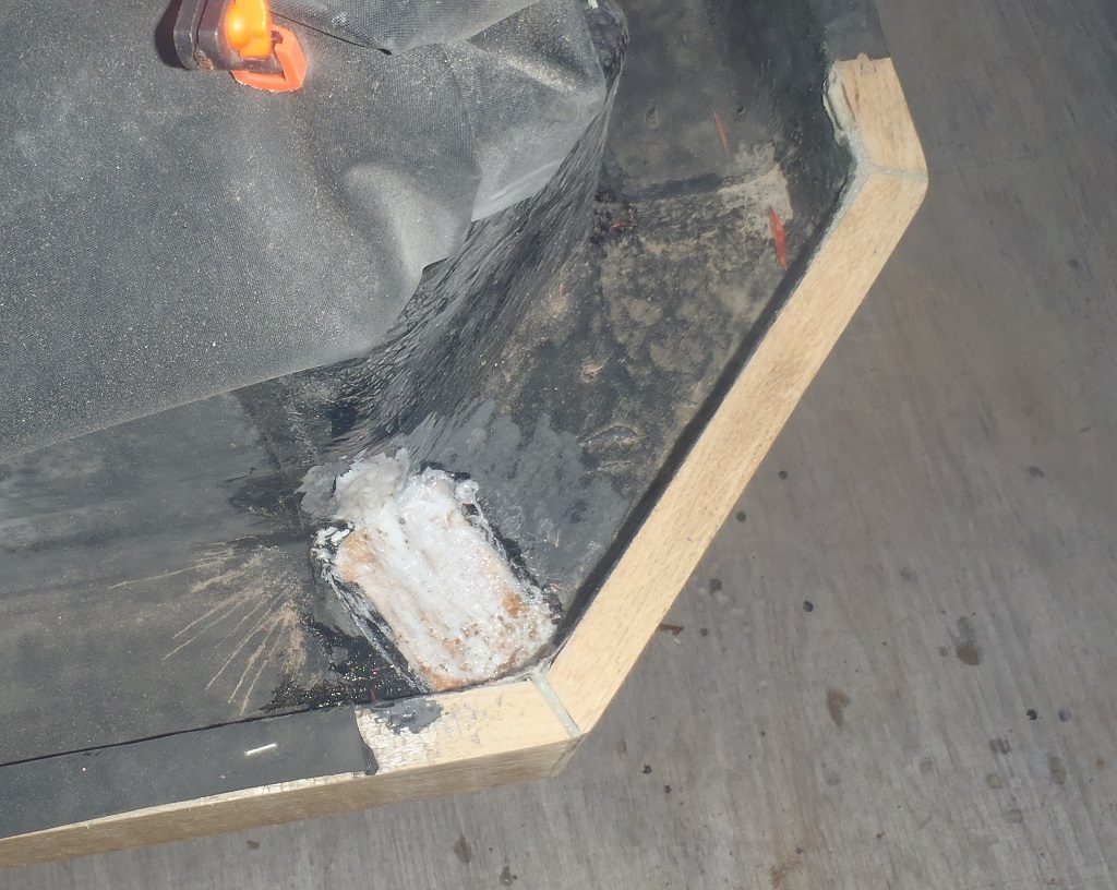 Repairing-CD-corner-gutter
