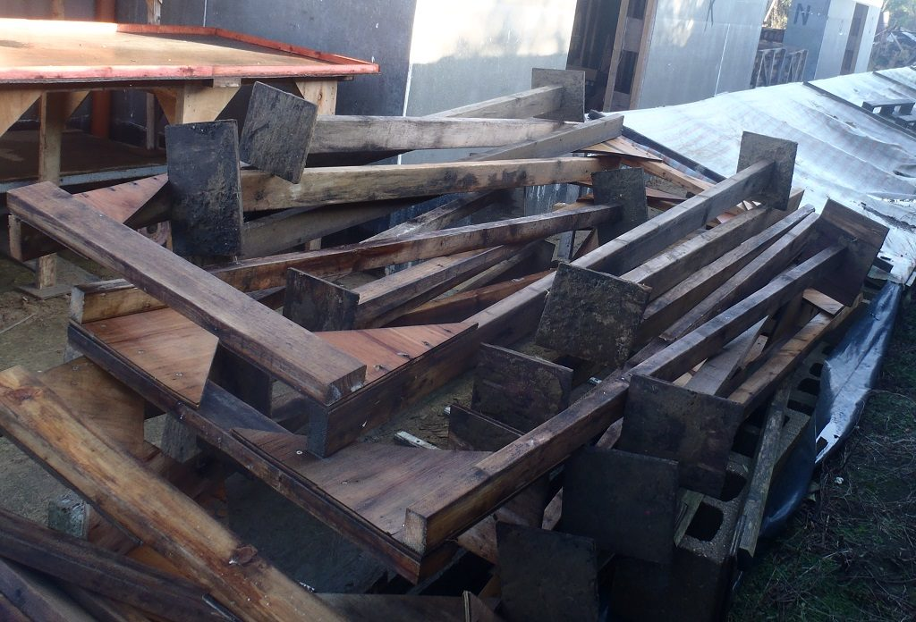 House Banner Design Progresses and Dismantling of Platform Modules