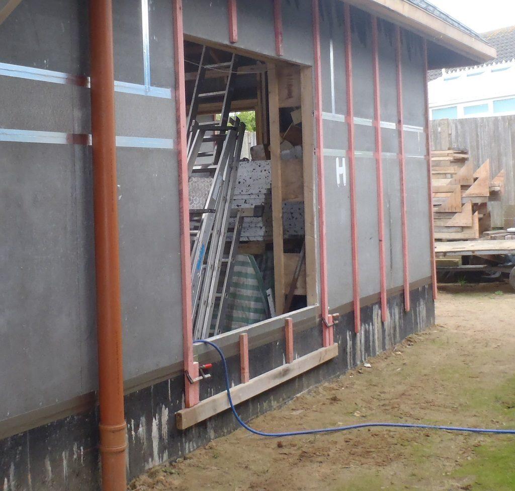 Aligning-battens-under-the-windows