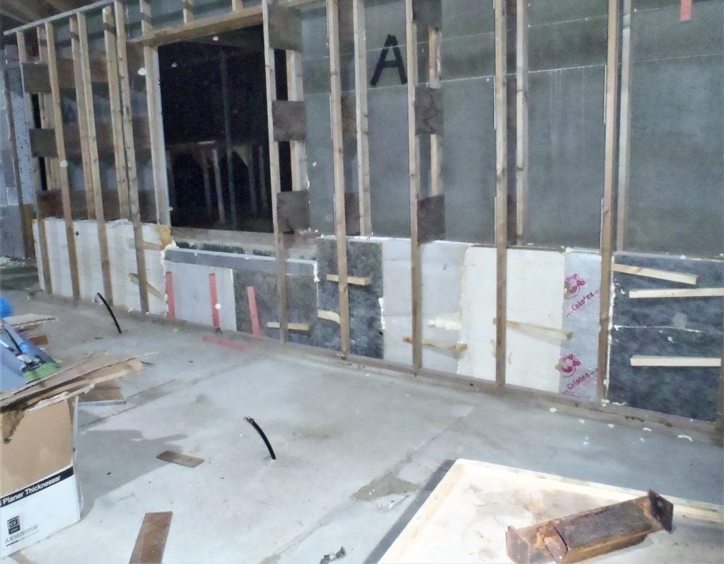 Continuing Insulation into Walls