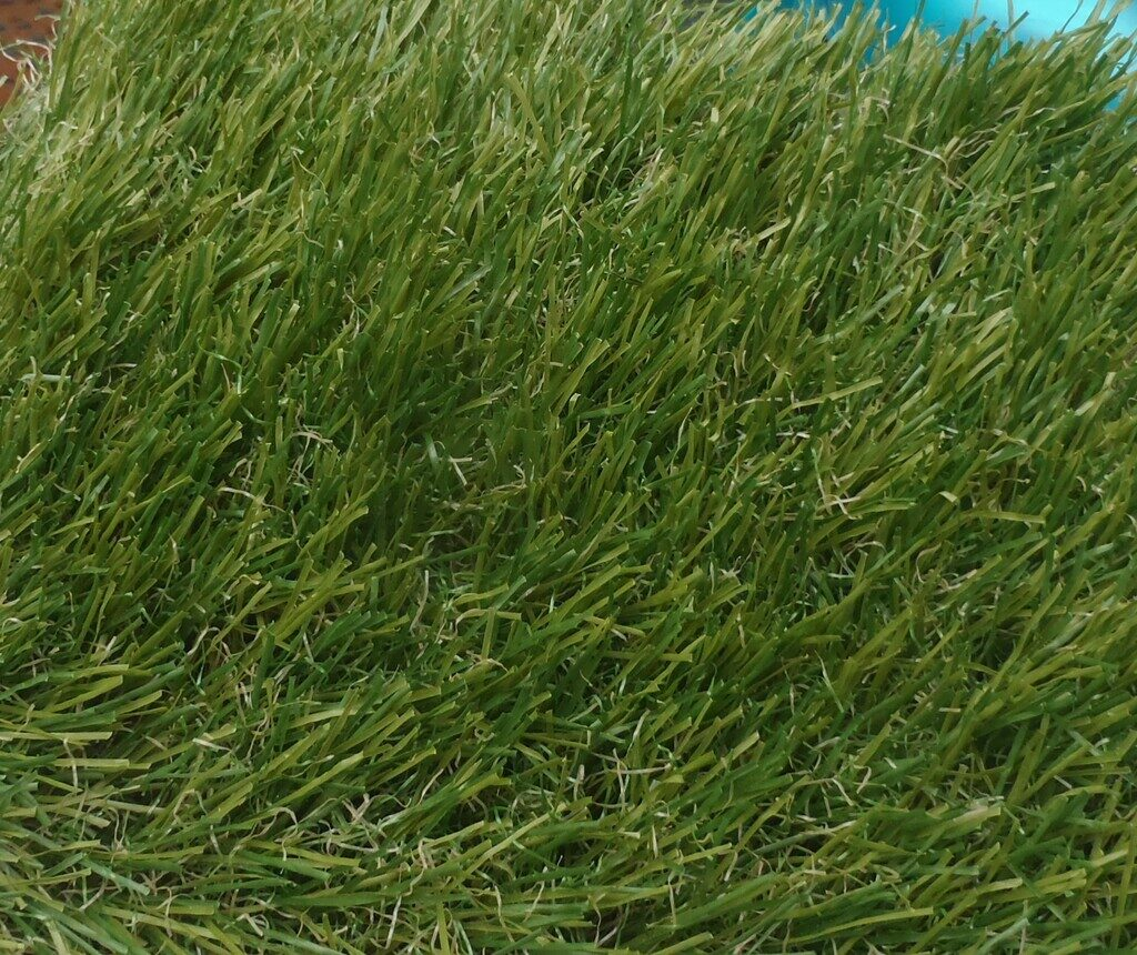 Artificial Grass Stitched Down Middle Of Loke