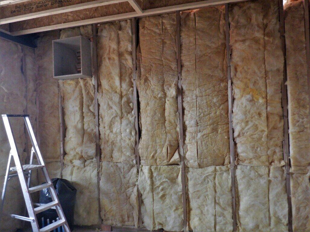 Fibre-in-utility-walls-2