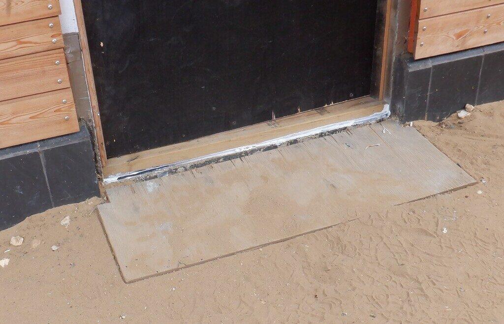 Temporary-side-door-sill