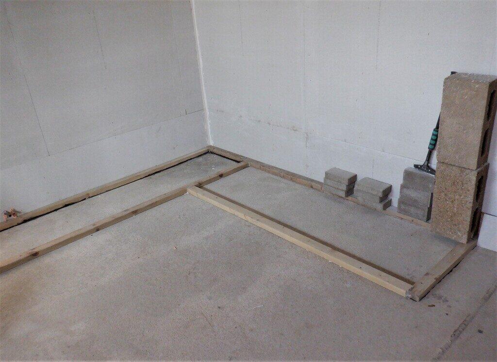 Cupboard-Footplates-fixed-down-2