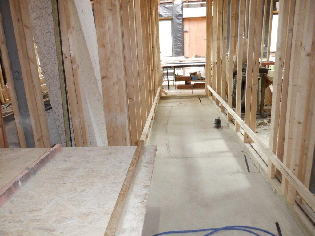 Hall-Floor-Support-Rails-3